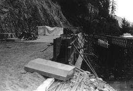 Construction of new M Creek Bridge