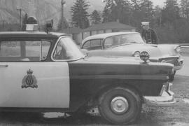 Police car by Castle's Crossing