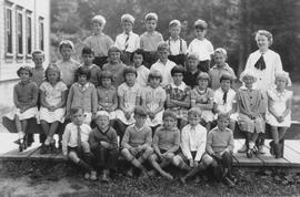 1937 school picture, Mashiter School