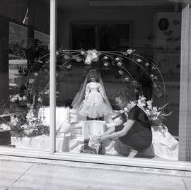 Store window with bride doll