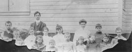 Brackendale School picture, 1905