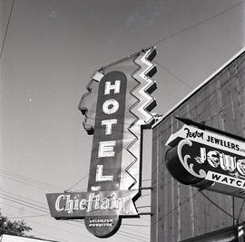 Chieftain Hotel sign