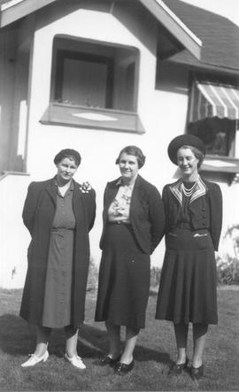 Jean Galbraith McRae, Doris Galbraith Buckley, Isobel Galbraith