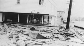 Yarwood Drug Store after 1940 flood