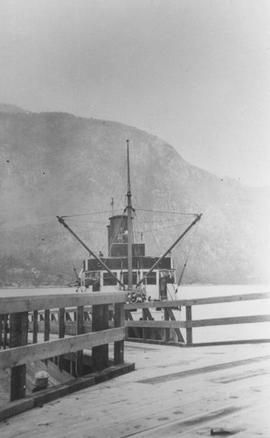 "Union Steamship ""Lady Cynthia"" landing at Squamish"